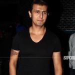Sonu Nigam To Maulavi: Keep 10 Lakhs Ready at the Press Conference in Mumbai | SpotboyE