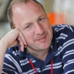 Science Fiction Author, Academic Tony Ballantyne ep92