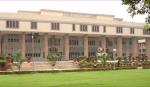 வெடிகுண்டு மிரட்டல் - டெல்லி உயர்நீதிமன்றத்தில் தீவிர சோதனை | High Alert in Delhi High Court following the bomb threaten