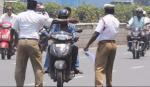 அசல் ஓட்டுநர் உரிமம் கொண்டு வர மறந்தால் 3 மாத சிறை தண்டனை தேவையற்றது | 3 Months imprisonment for not carrying original driving license is unncessary