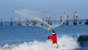 ராமேஸ்வரம் மீனவர்கள் 8 பேர் சிறைபிடிப்பு | 8 Indian fishermen apprehended by Sri Lankan Navy