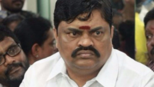 மோடி இருக்கும் வரை ஒன்றும் செய்ய முடியாது - ராஜேந்திர பாலாஜி |  'Nobody can shake' AIADMK as long as PM supports the party - Rajendra Balaji