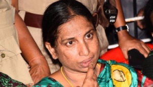 நளினியை முன் கூட்டியே விடுவிக்க முடியாது - தமிழக அரசு | Nalini's premature release plea can't be entertained - TN govt