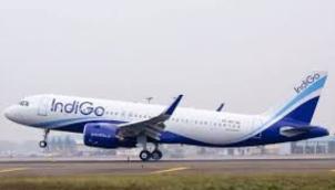 முன்னரே கிளம்பிய விமானம்?   Goa flight departs 'early', leaves passengers in trouble