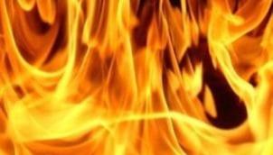 தனக்கு தானே தீ வைத்து கொண்ட 14 வயது சிறுவன் | A 14-year-old boy burns self to bunk school in Vellore