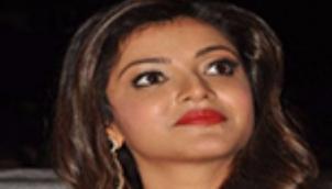 Kajal faces trouble in court | కాజల్కు కోర్టులో చుక్కుదురు