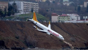 Panic as jet skids off runway at Trabzon