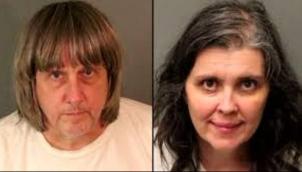अपने ही 13 बच्चों को चेन और ताले से बांधकर रखा - Shackled siblings found in California home