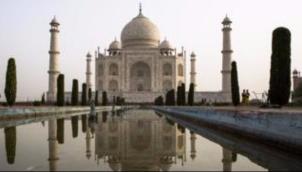 क्या भाजपा नेता रोमांस के दुश्मन हैं? | Politician says 'Taj Mahal built by traitors